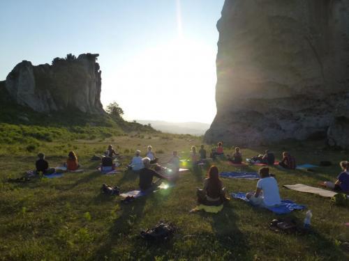 05.Trek+yoga