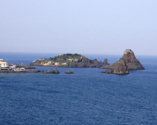 15.Isole dei Ciclopi